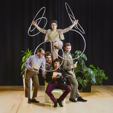 Cirque FLIP Fabrique | Six Degrees